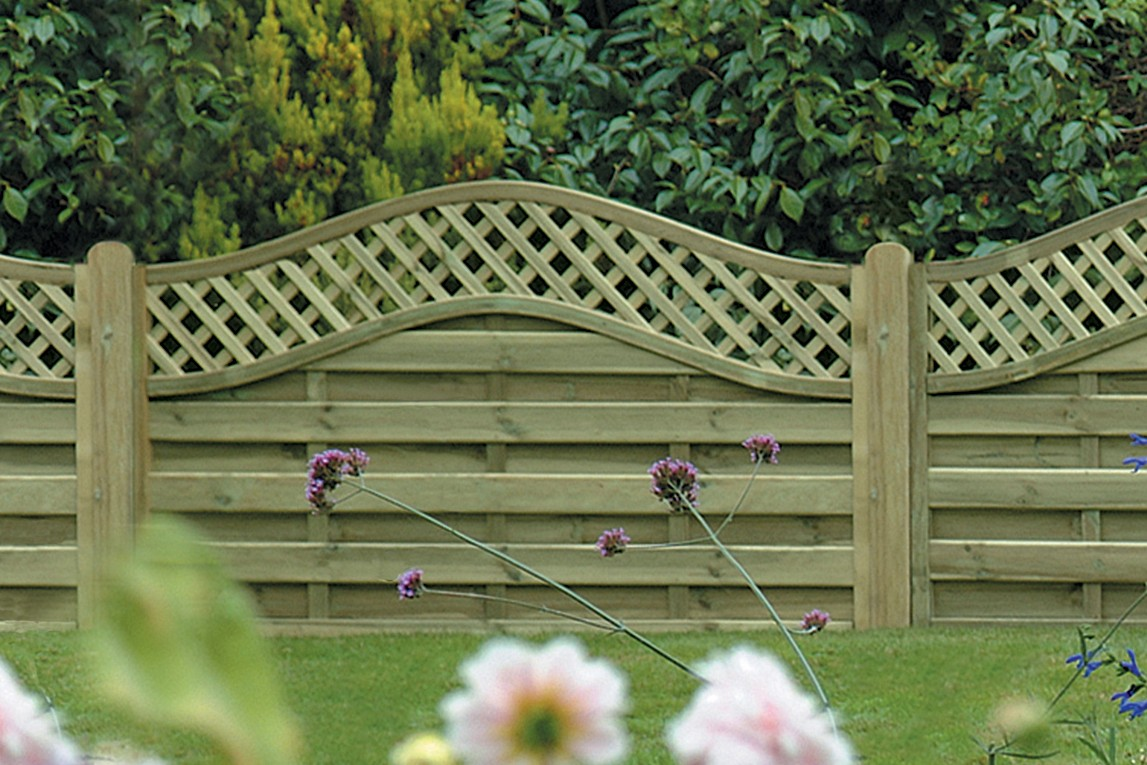 Omega Lattice Top Fence Panel 6ft x 4ft